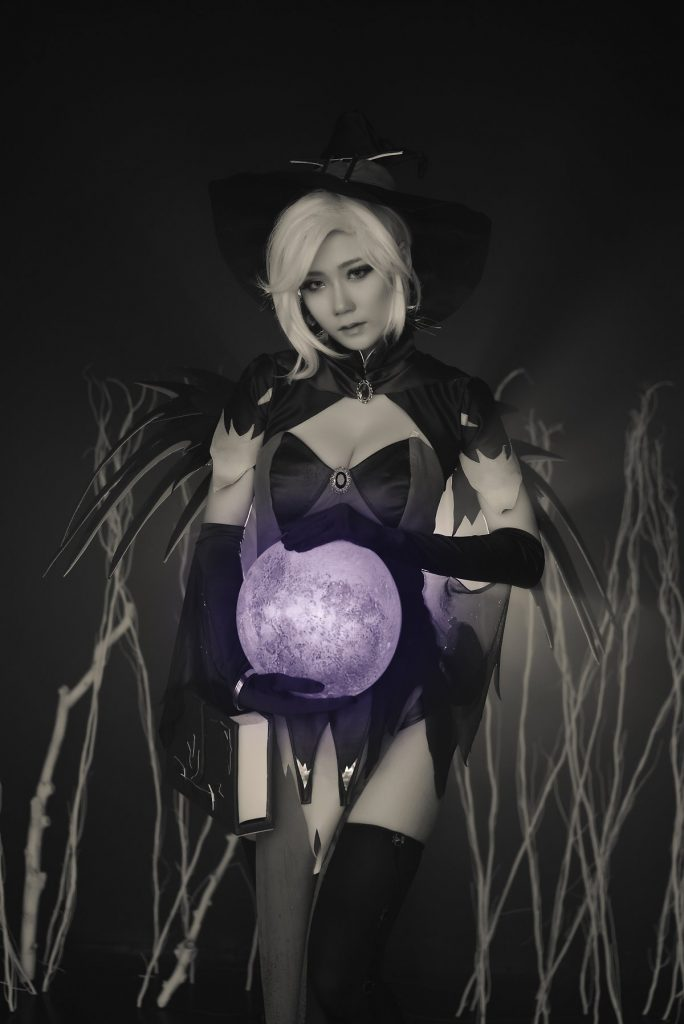 cosplay-witch-mercy-10