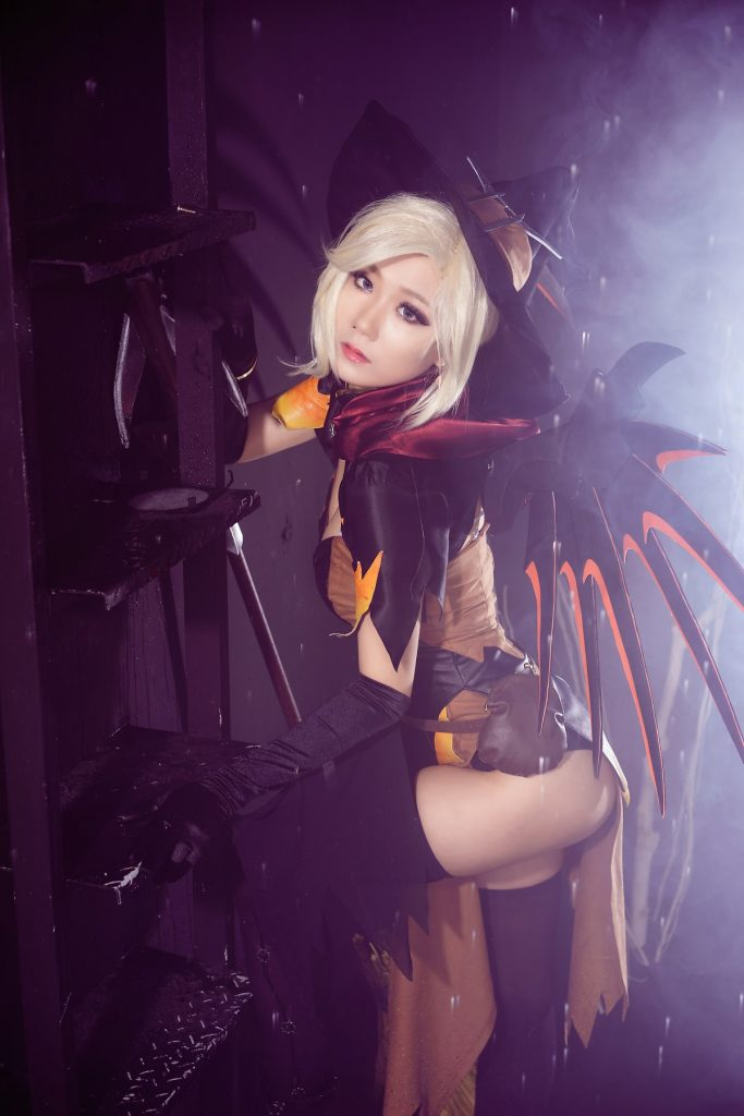 cosplay-witch-mercy-6