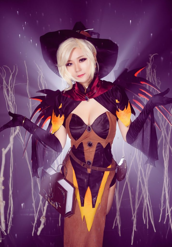 cosplay-witch-mercy-7